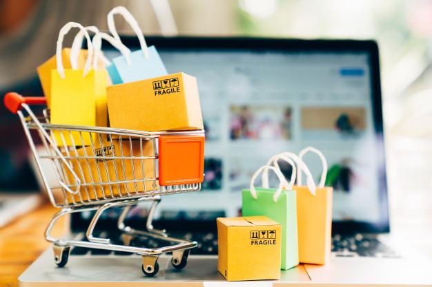 خرید آنلاین برای افرادی که هنوز به زبان انگلیسی مسلط نیستند، مزایای زیادی دارد