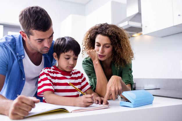 یادگیری زبان توسط کودکان